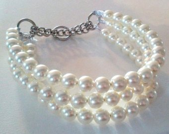 Ivory Triple Strand chunky Pearl Collar