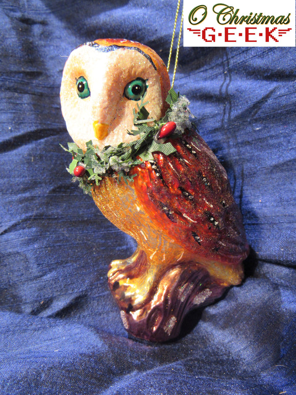 Glass Owl With Wreath
