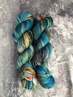 yarn, hand dyed yarn, speckled yarn