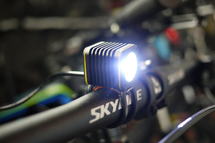 Mini USB Bike Light (With Battery) - CoolStuff168PH