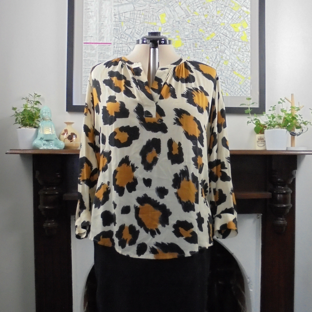 Trenery leopard printed blouse (XL)