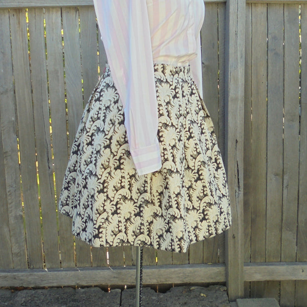 Kinki Gerlinki skirt (L)-Skirt-Mint Preloved