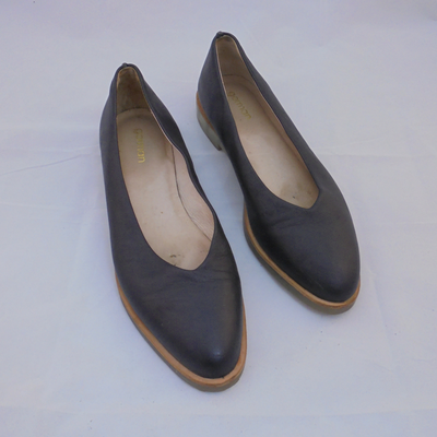 Gorman black leather flats (40)