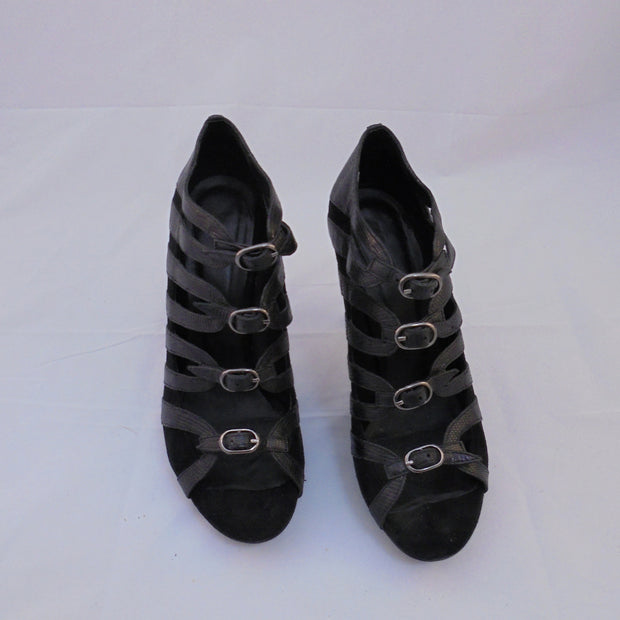 Zomp black leather heels (39)-Shoes-Mint Preloved