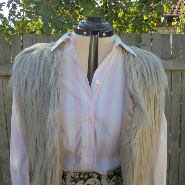 Lanshifei faux fur vest (M-L)-Jacket-Mint Preloved