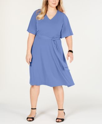 #SC312 WOMEN'S PLUS SIZE APPAREL PRIMARILY SPRING/SUMMER - $1,443.31 MSRP, 25 UNITS, SHELF PULLS