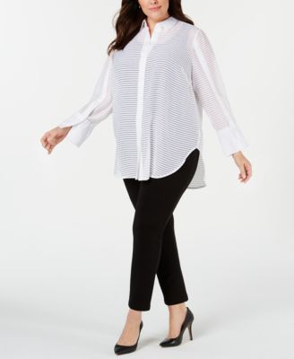 #AJ452 WOMEN'S PLUS SIZE APPAREL PRIMARILY SPRING/SUMMER - $1838.46 MSRP, 25 UNITS, SHELF PULLS