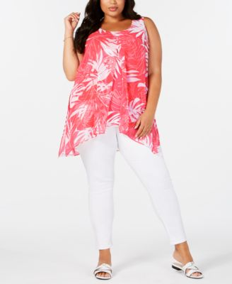 #SC329 WOMEN'S PLUS SIZE APPAREL PRIMARILY SPRING/SUMMER - $1598.99 MSRP, 26 UNITS, SHELF PULLS