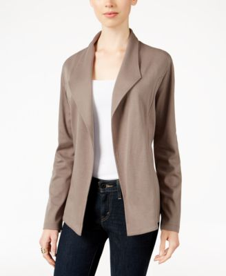 #407 M@CY'S WOMEN'S APPAREL PRIMARILY FALL/WINTER - $1162 MSRP, 25 UNITS, SHELF PULLS