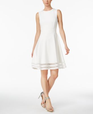 #KB125 WOMEN'S DRESSES PRIMARILY FALL/WINTER - $3411 MSRP, 20 UNITS, CUSTOMER RETURN