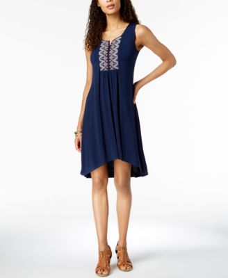 #AJ483 WOMEN'S EVERYDAY APPAREL PRIMARILY SPRING/SUMMER - $1743.85 MSRP, 25 UNITS, SHELF PULLS