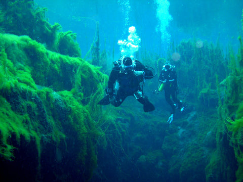 underwater-cave-diving