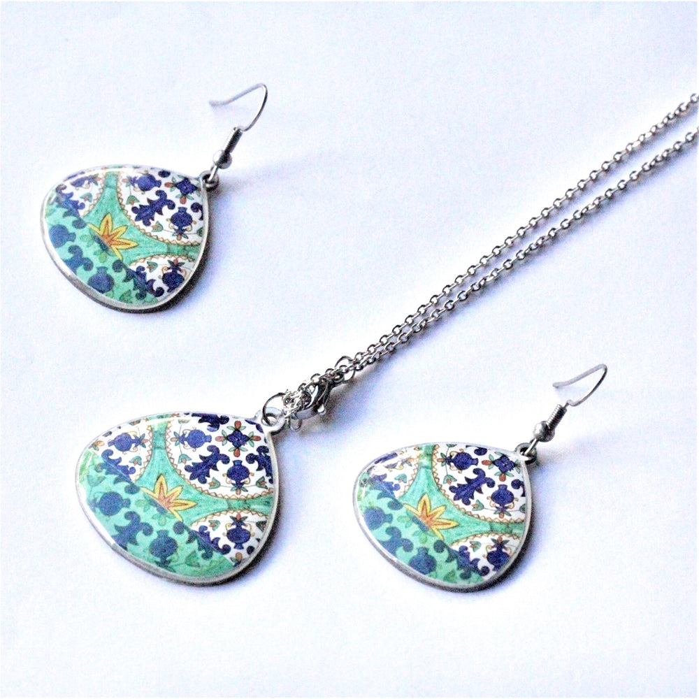 Large Ancient Inspired Allergy Free Steel Earrings and Necklace(Green) - Treasures of Silk Road