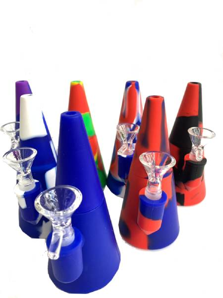 "6"" Silicone Cone Water Pipe with Shower Head"