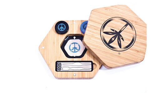 World Piece Bamboo Rolling Tray - Oil in One MINI