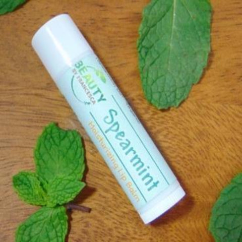 spearmint moisturizing lip balm with mint