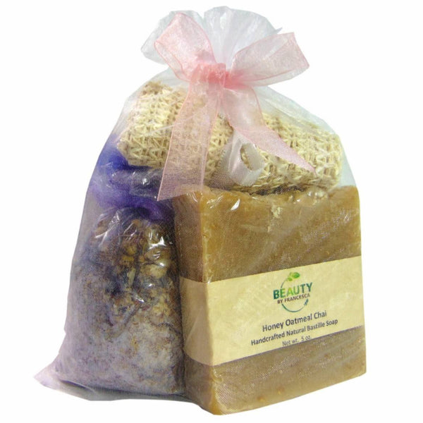Handmade soap gift set with bath tea, soap and sisal in white organza bag