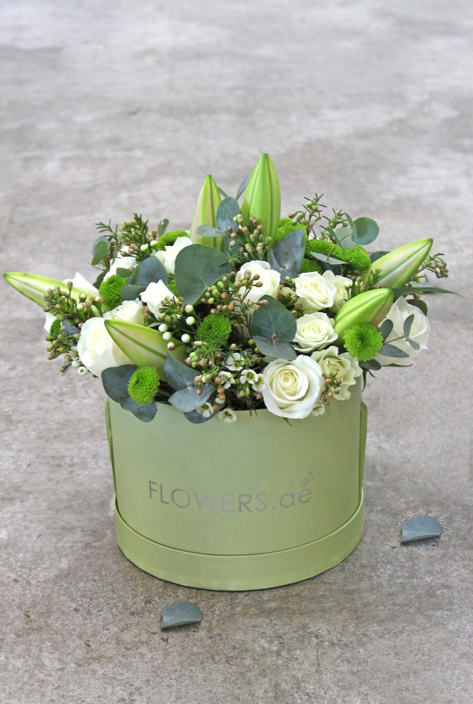 White Rose and Lily Hatbox