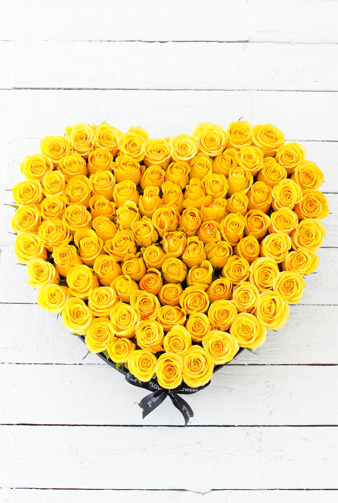 100 Yellow Rose Large Heart-shaped Box (Get Well Soon Gift Set)