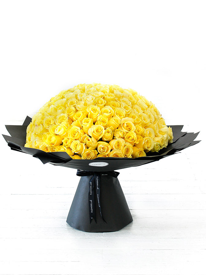 200 Long Stem Yellow Rose Hand-tied