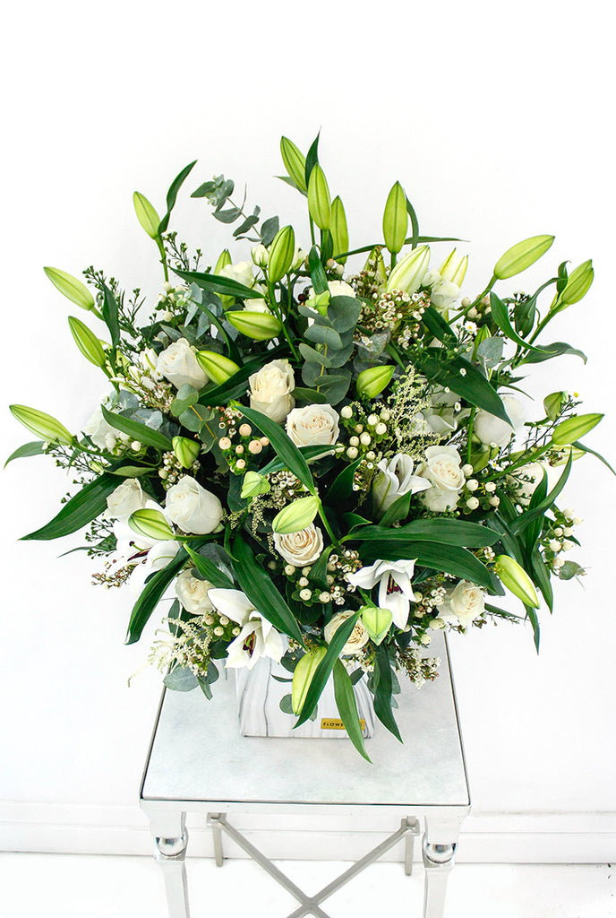 Wonderfully White in a Vase (Welcome Home Gift Set)