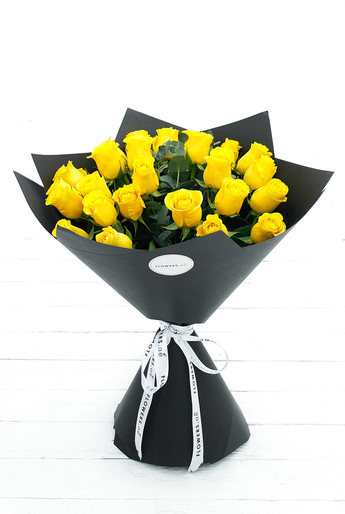25 Long Stem Yellow Rose Hand-tied (Get Well Soon Gift Set)