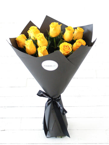 12 Long Stem Yellow Rose Hand-tied