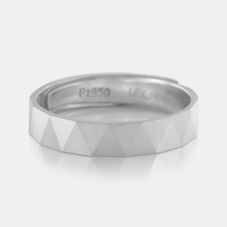 Platinum Bevel Band 4.74g