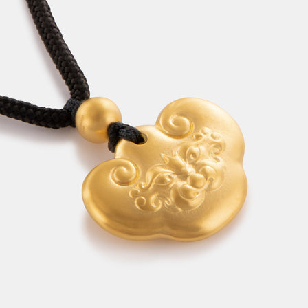 24K Antique Gold Dragon Lock Necklace