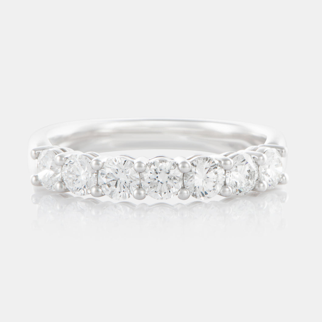 Diamond 3.5MM Shared Prong Band with 18K White Gold
