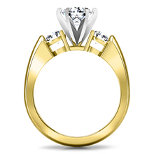 Load image into Gallery viewer, Three Stone Engagement Ring Justine