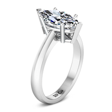 Load image into Gallery viewer, Solitaire Engagement Ring Scarlet