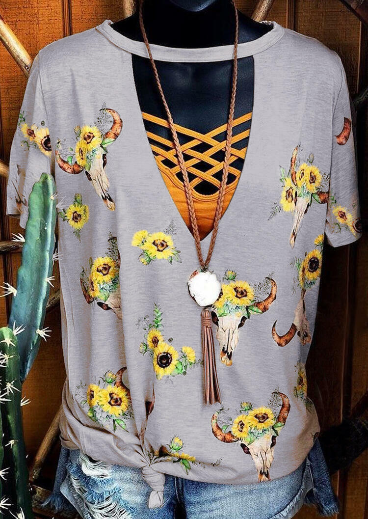 Steer Skull Sunflower Hollow Out Blouse without Necklace - Apricot