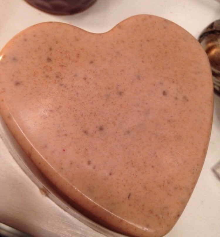 Heart Facial Bar with Oatmeal & Red Morrocan Clay