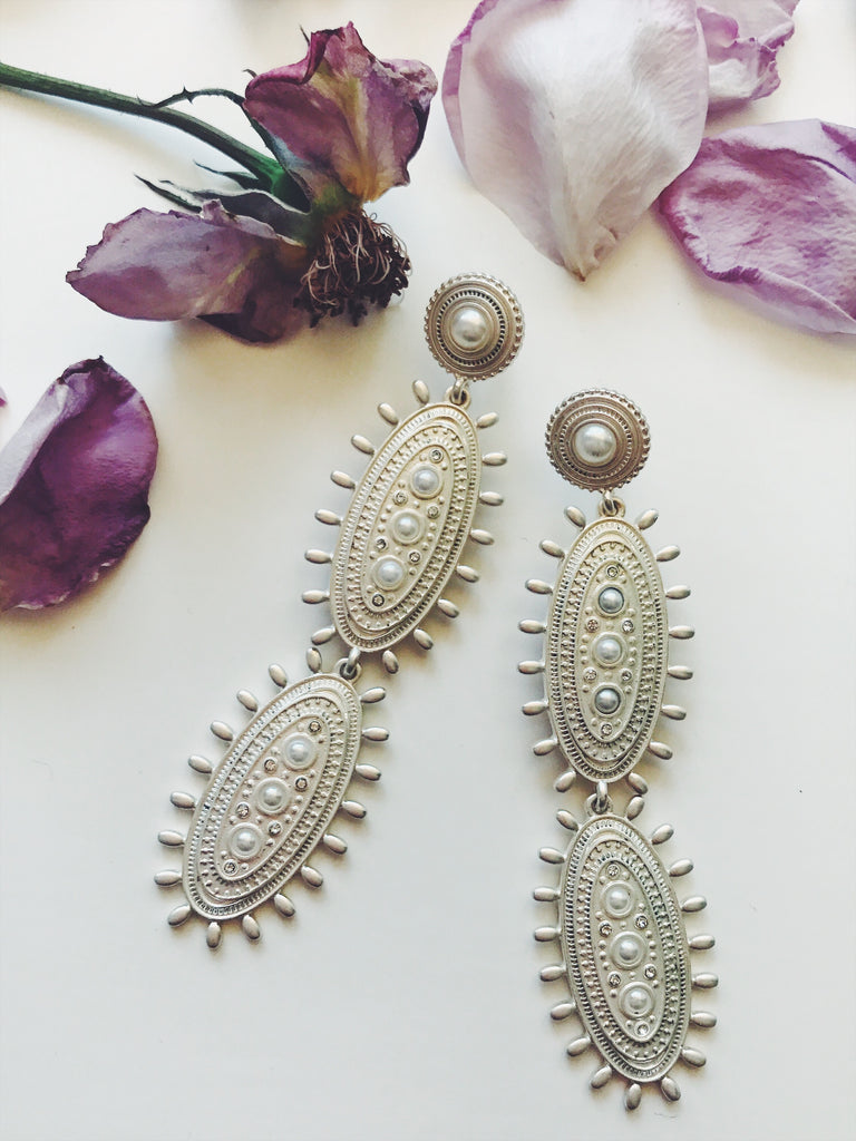 The Ravello Earring in Matte Silver