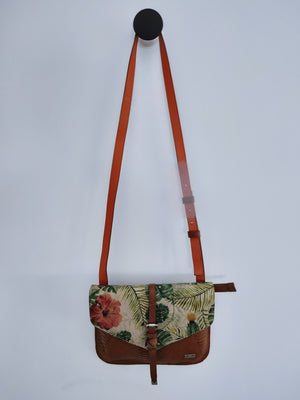 Front details, printed flower pattern with texture honey leather