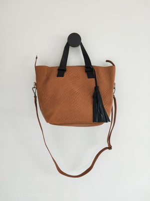 Leather shoulder bag ( Morona )-LEATHER SHOULDER BAG-Colombian Label Co.