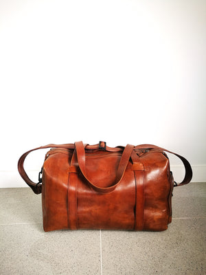 Leather Travel Bag (BOWLING AIBI)