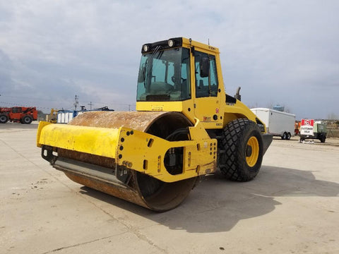 <p>BOMAG 2013 BW213D-4 VIBRATORY ROLLER</p>