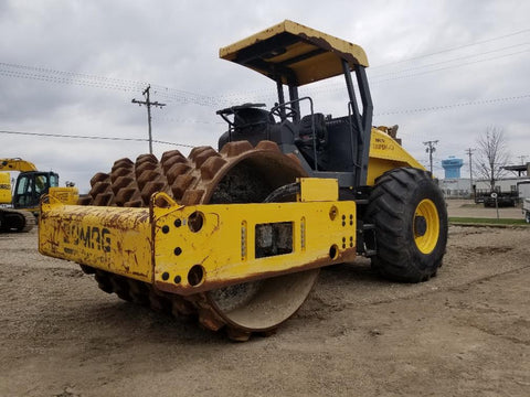 <p>BOMAG BW213PDH-40 VIBRATORY ROLLER</p>