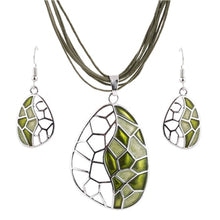 Load image into Gallery viewer, Handmade Silver Plated Ladies Necklace And Earrings Set