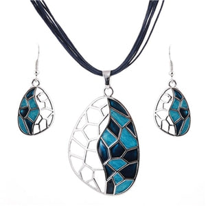 Handmade Silver Plated Ladies Necklace And Earrings Set
