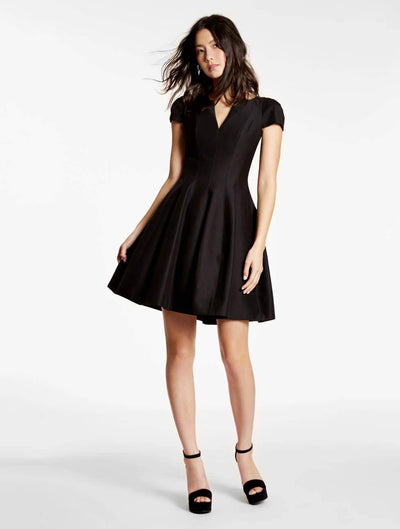 SS NOTCH NECK W TULIP SKIRT - Halston