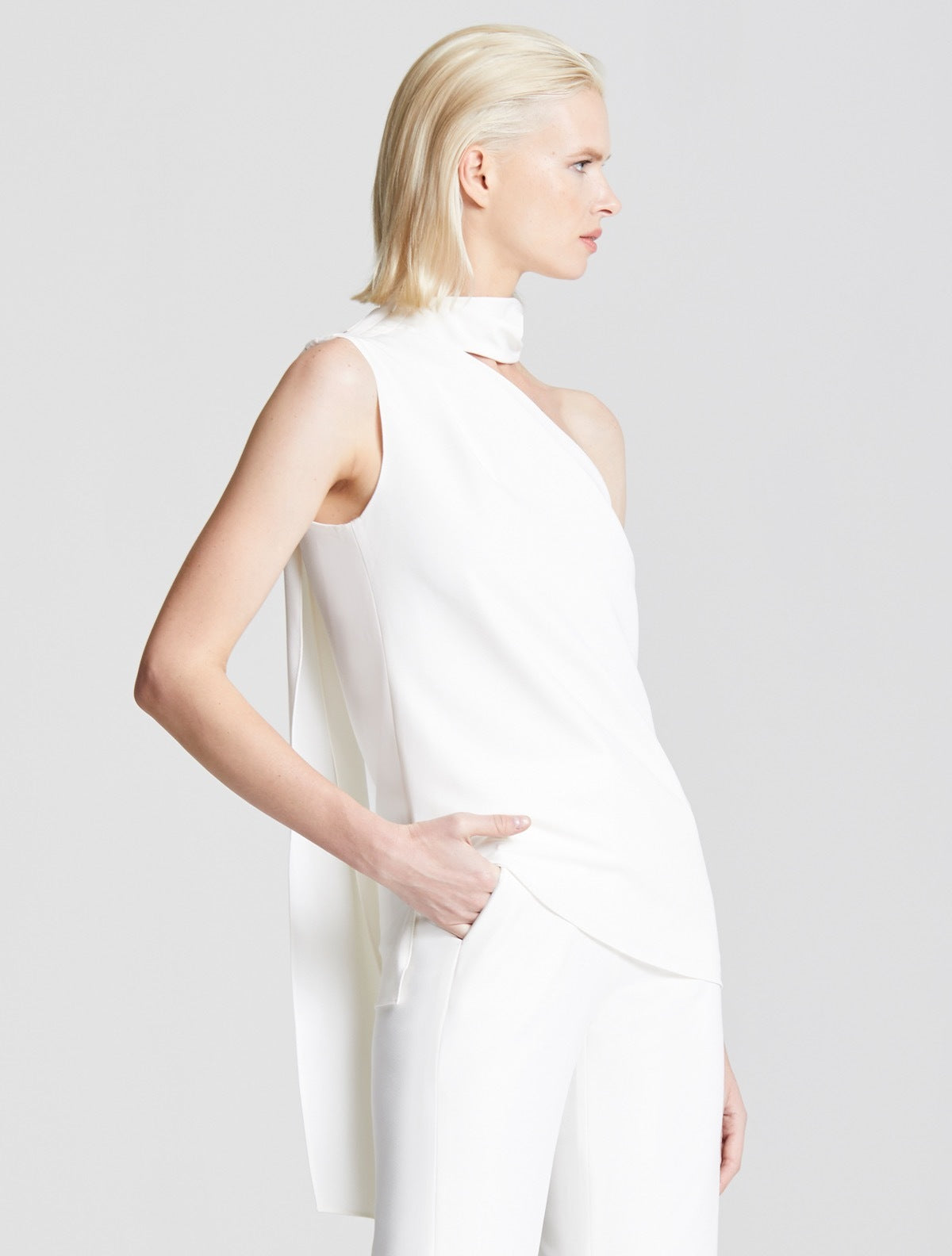 SCARF NECK TOP - Halston