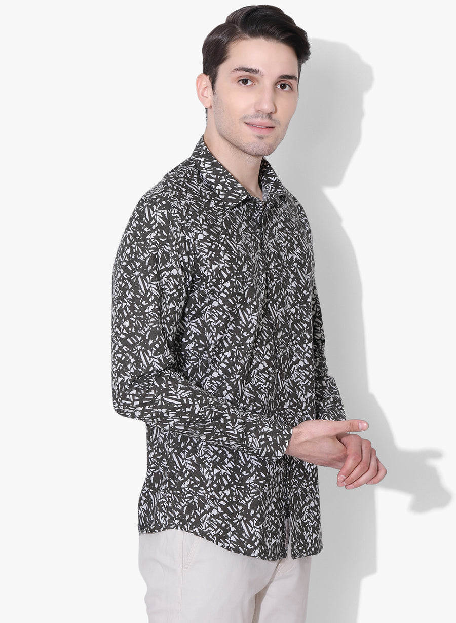 Aki Floral Print Cutaway Collar Slim Fit Shirt