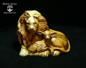 ARTIST SERIES-The Lion and the Lamb