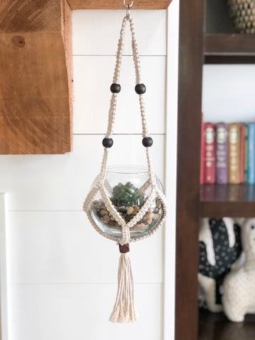 Petit Arrondir Hanger with Wood Beads
