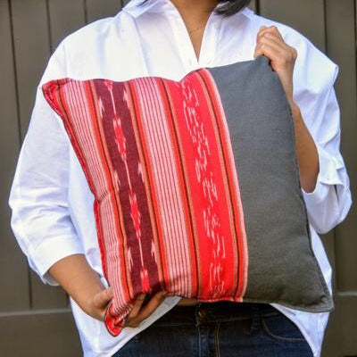 Juhi Cushion