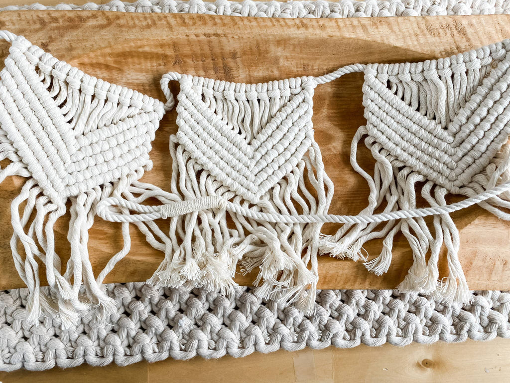 Macrame Garland-Cream Solid