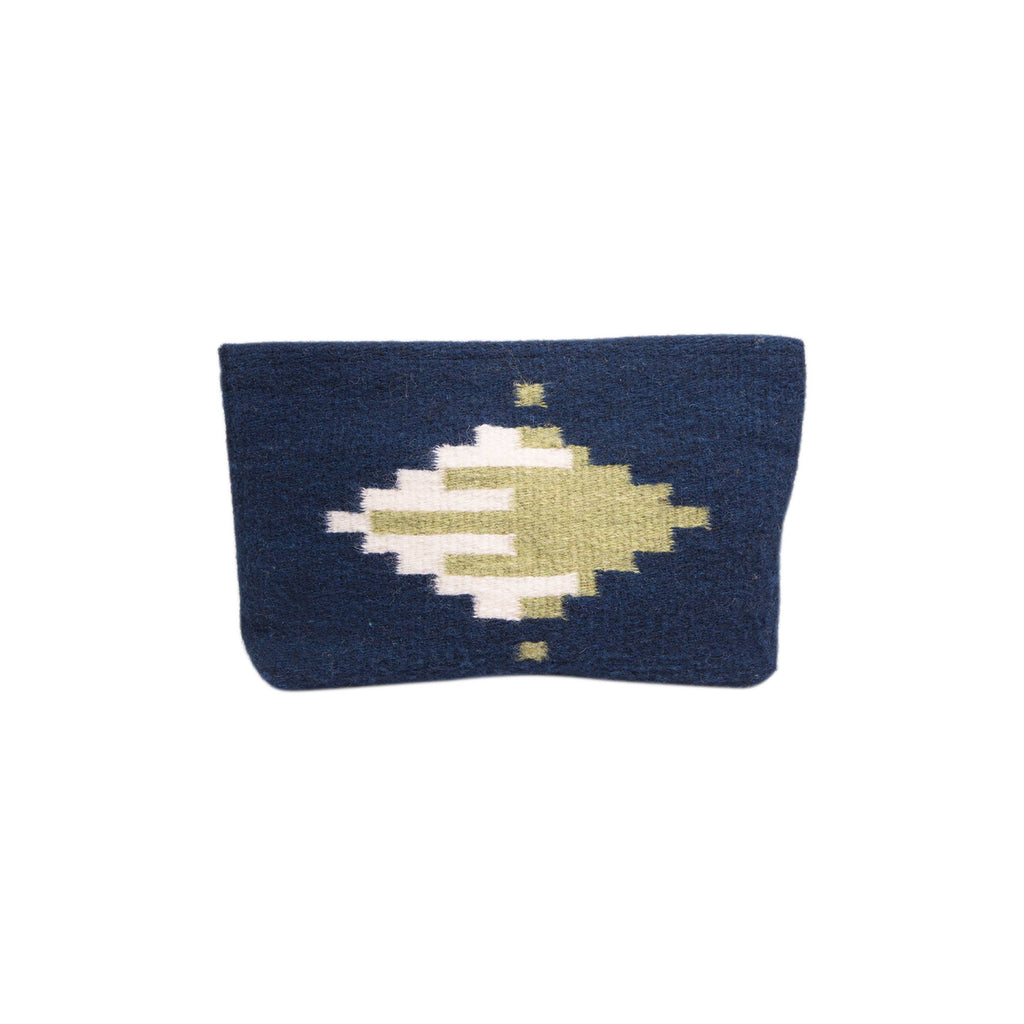 MZ - Latitudes Clutch